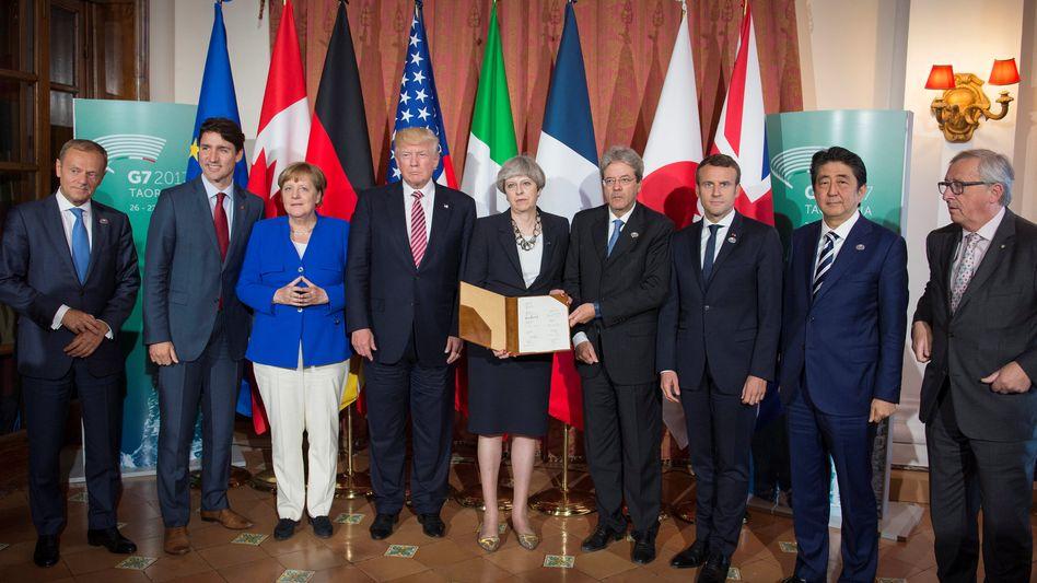 Staats-und Regierungschefs der G7 auf Sizilien