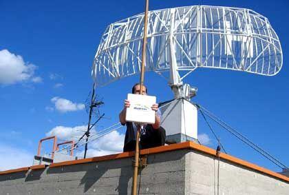 Wimax-Antenne: Mit 50 Kilometer Reichweite lassen sich ganze Landgemeinden ins Internet bringen