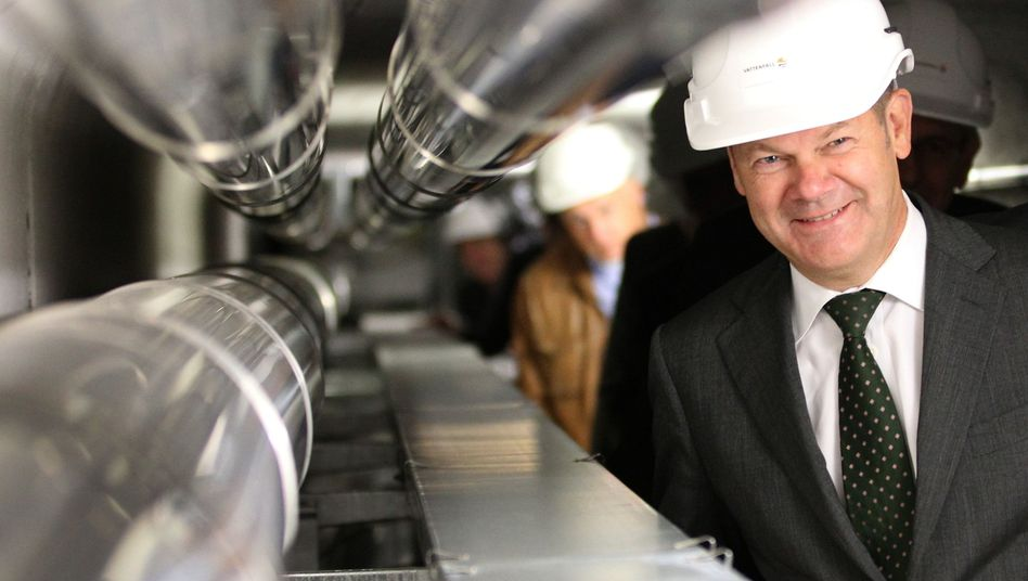 Regierungschef Scholz, Fernwärmerohre: Konzession ohne Ausschreibung