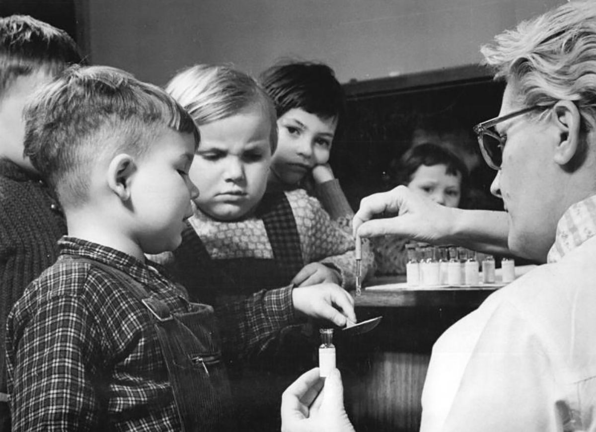 Kindergarten, Schutzimpfung gegen Kinderl?hmung