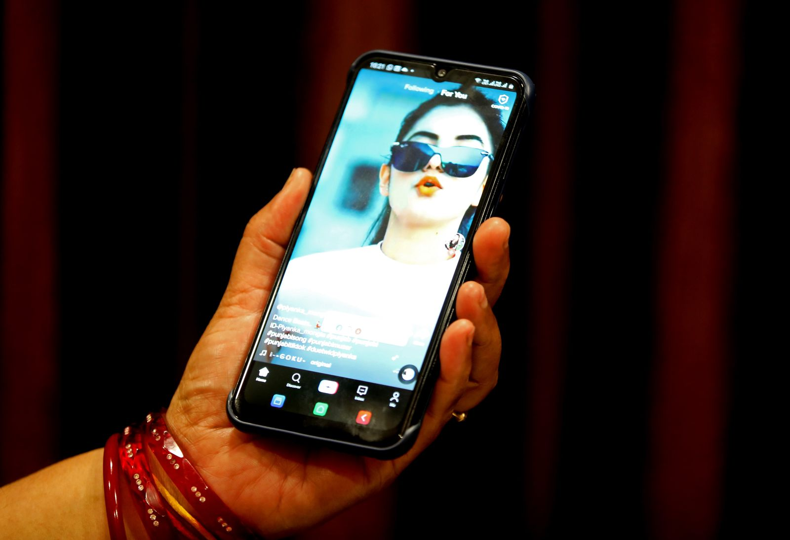 Indian goverment bans 59 Chinese smartphone apps amid territorial dispute with Beijing, Bhopal, India - 29 Jun 2020