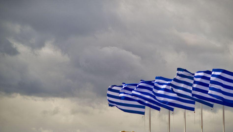 Griechische Flaggen vor der Akropolis: Spekulanten verdienen wieder an Griechenland