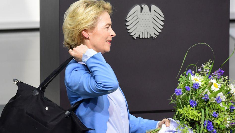Wechsel nach Brüssel: Von der Leyen legt ihr Bundestagsmandat nieder