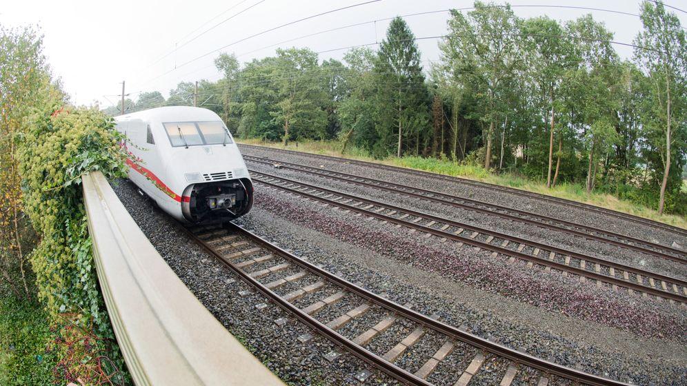 """Ausfälle und Verspätungen: """"Xavier"""" bremst Bahn aus"""