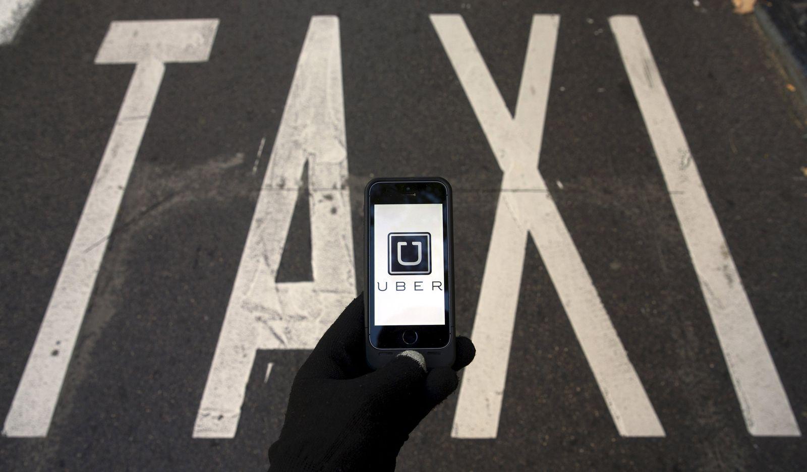 Uber / Taxi / Symbolbild