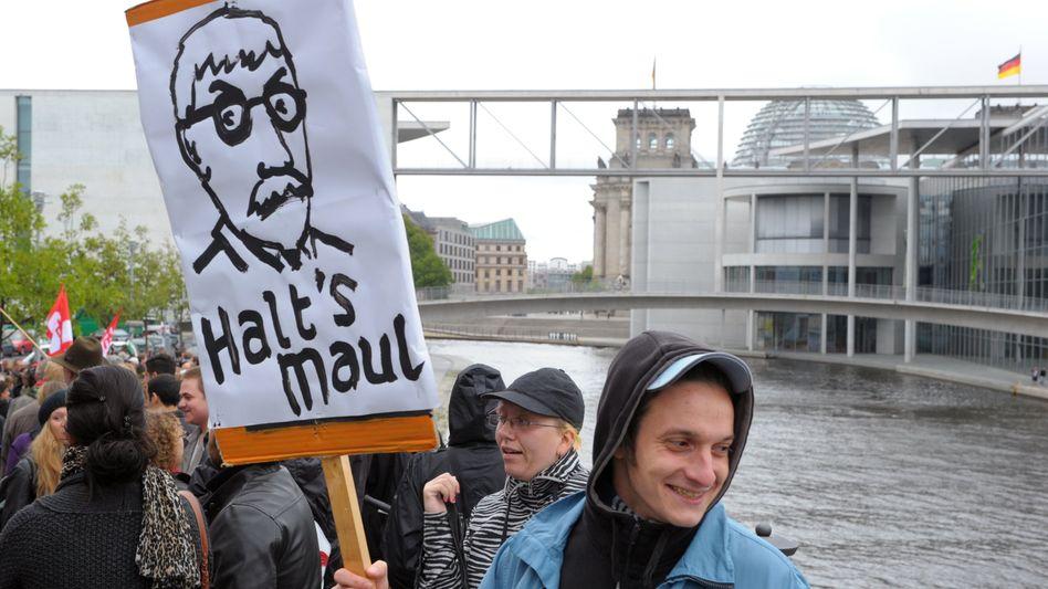 Sarrazin-Karikatur, Kuppel des Reichstages: Ohne Problem über die Fünfprozenthürde