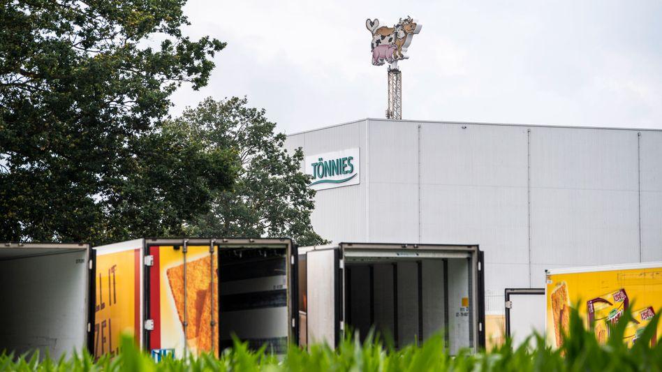 Tönnies-Zentrale in Rheda-Wiedenbrück: Völlig offen, um welche Summen es sich handelt