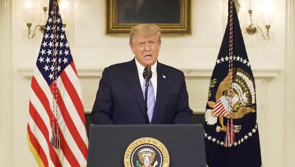 Donald Trump hat sich nach Ablauf seiner Twittersperre mit einem Video an die USA gewandt