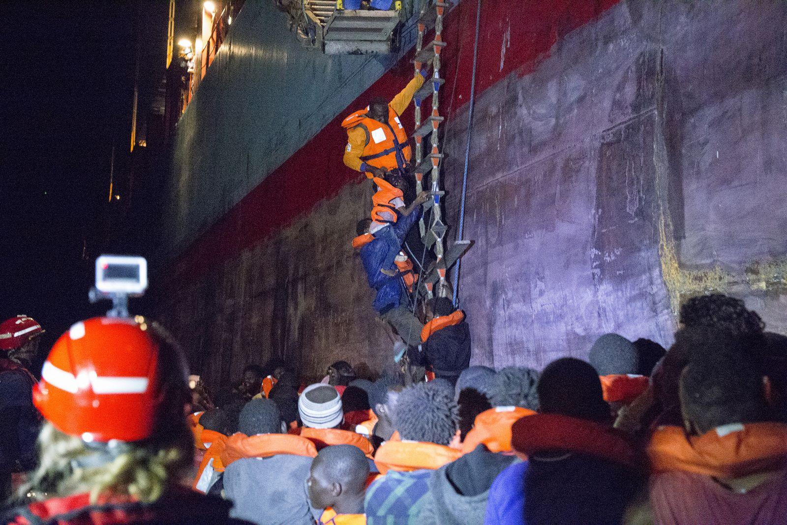 Lifeline/ Alexander Maersk