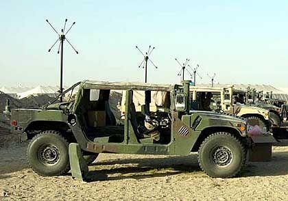 US-Humvees mit Ohren (in Kuwait): Angreifer in voller Fahrt aufzuspüren