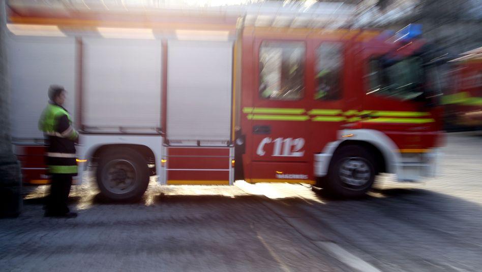 Feuerwehrauto im Einsatz (Symbolfoto)