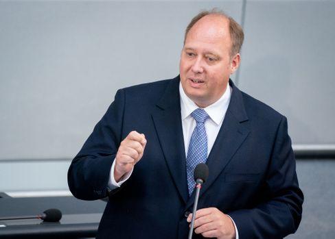"""Kanzleramtschef Helge Braun: """"Wir müssen im Grunde genommen alle unsereKontaktehalbieren"""""""