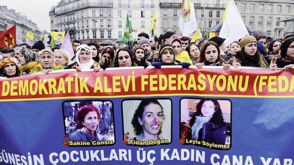 PKK-Anhänger in Paris