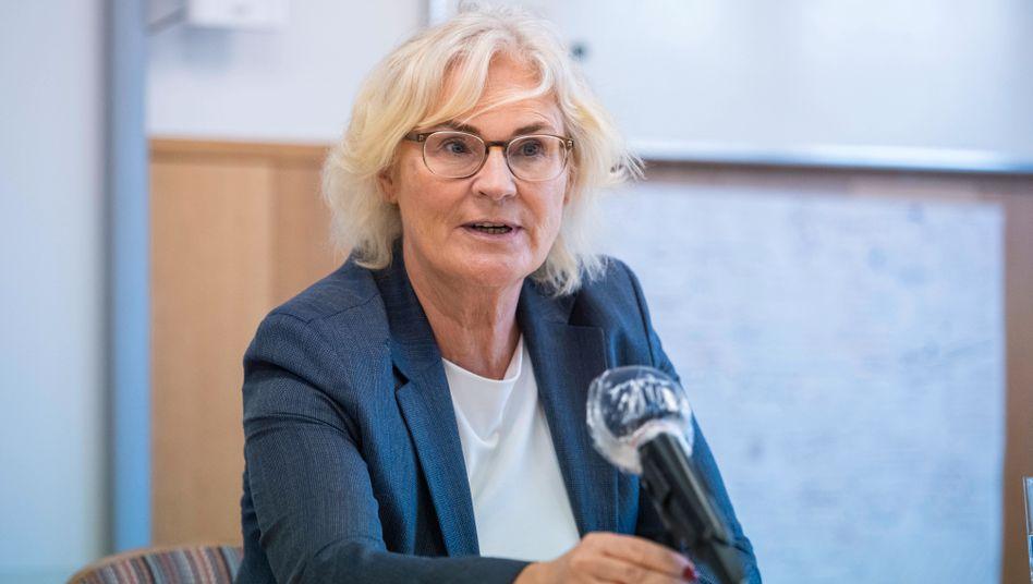 Will Strafverfolgern die Ermittlungen erleichtern: Justizministerin Christine Lambrecht (SPD)