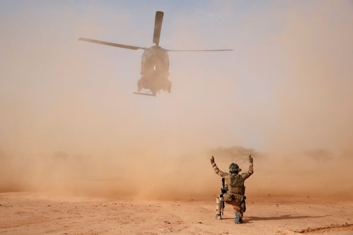 Französischer Helikopter landet im malischen Ndaki (Archivfoto)