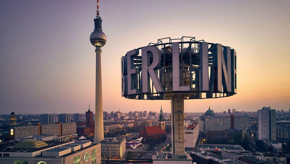 Sonnenuntergang über dem Alexanderplatz