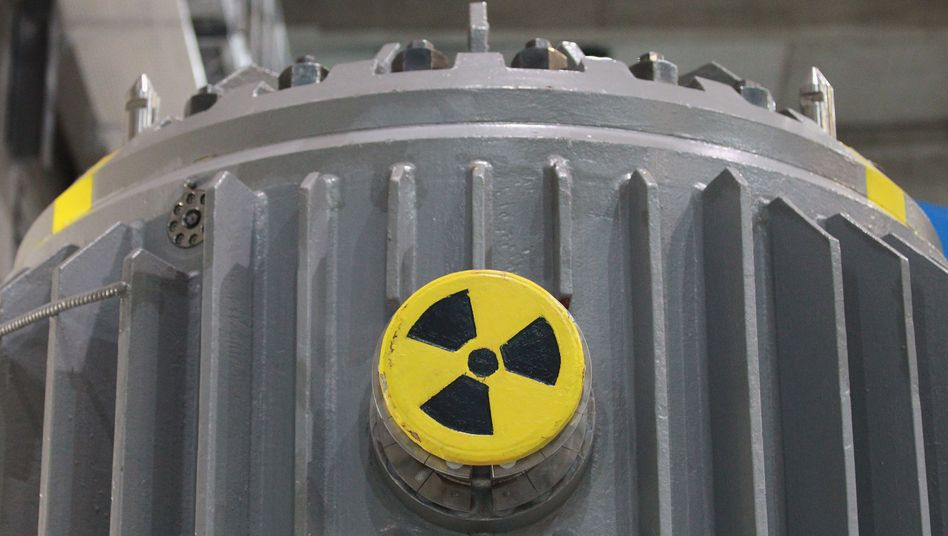 Germany's phase-out of nuclear power may result in more emissions than planned.