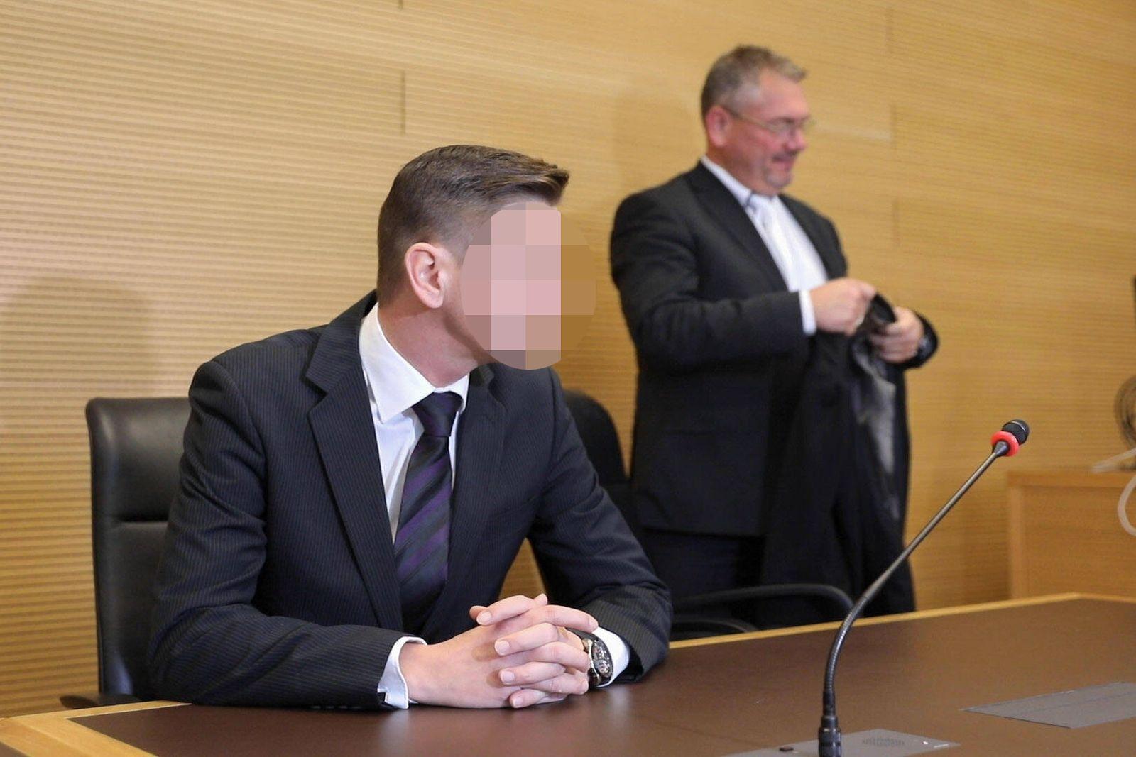 Im Bild: Der suspendierte JVA-Beamte Daniel Zabel Dresden - Prozess: JVA-Beamter ver?ffentlichte Haftbefehl *** In the