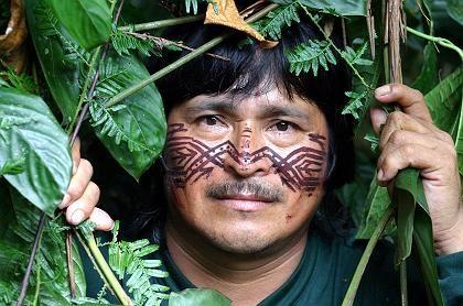 Führer Kistupa Peas: Die Achuar leben mitten im Dschungel, aber nicht hinter dem Mond