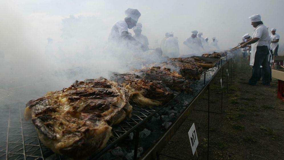 Barbecue-Brauch: Viel Rauch um Fleisch