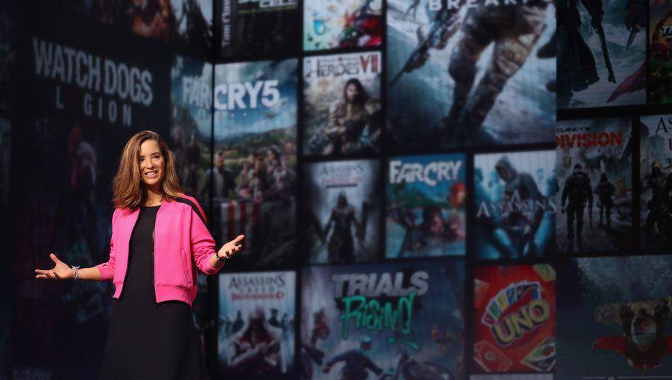 Games-Flatrate für 15 Euro im Monat: Ubisofts Brenda Panagrossi stellt auf der E3 den Dienst Uplay+ vor