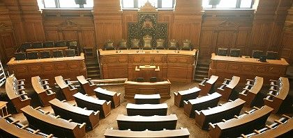 Hamburg's state assembly is looking for new occupants.