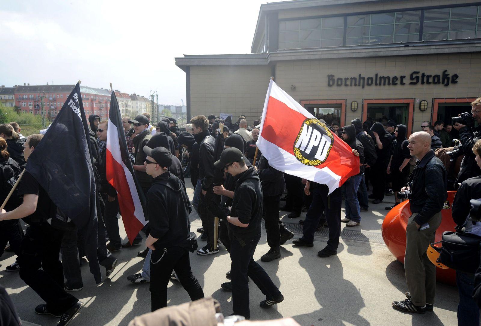 NICHT VERWENDEN Neonazi Aufmarsch / Berlin