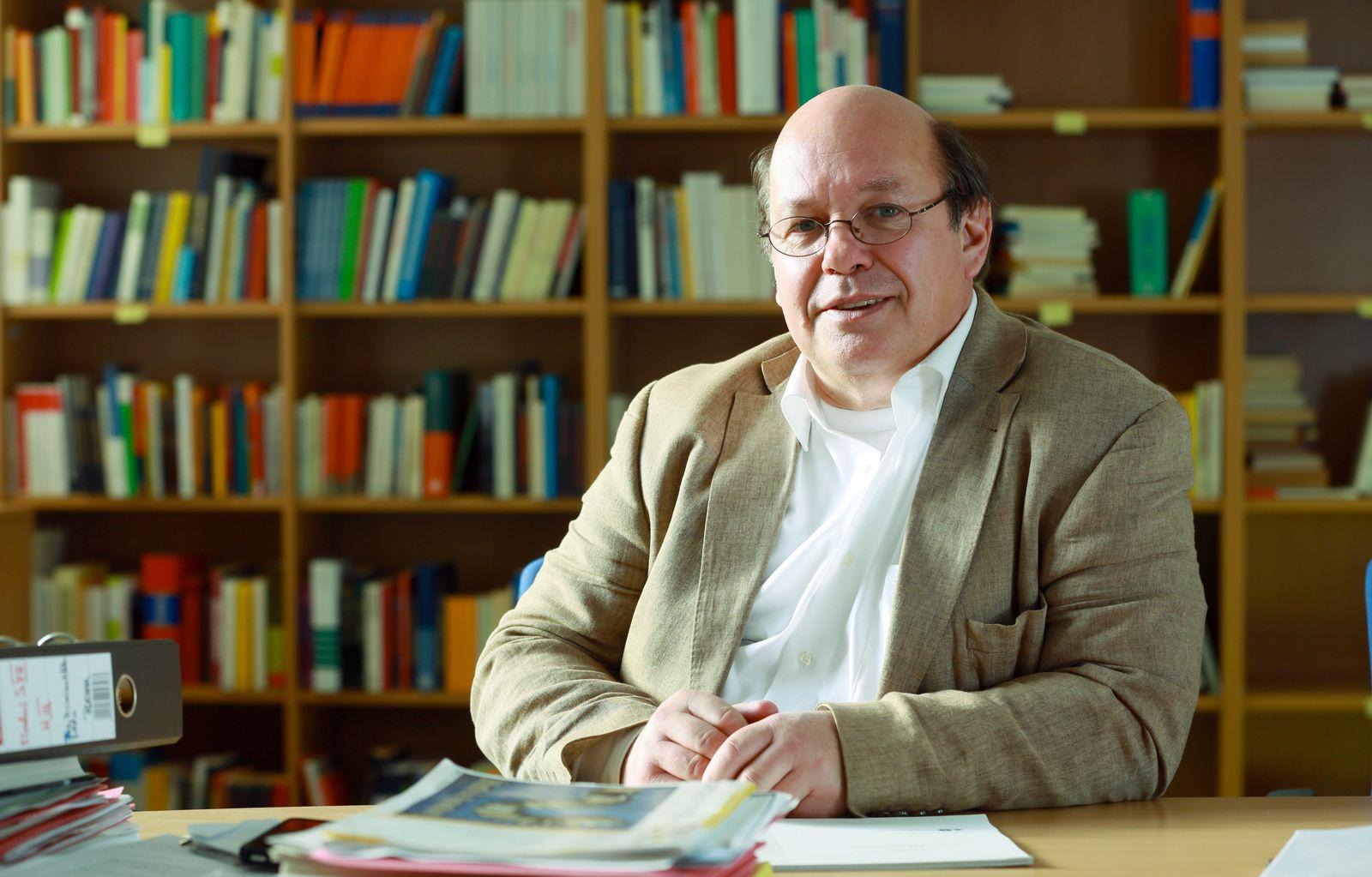 EINMALIGE VERWENDUNG Kriminologe Rafael Behr