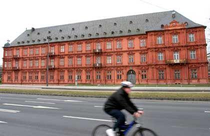 Kurfürstliches Schloss in Mainz: Tagungsort der deutsch-amerikanischen Konferenz