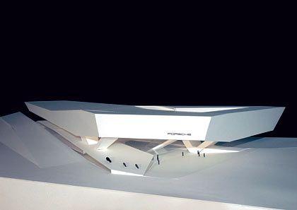 """""""Architektonisches Highlight"""":Modell des Büros Delugan Meissl (Wien), das den 1. Preis beim Porsche-Wettbewerb gewonnen hat"""