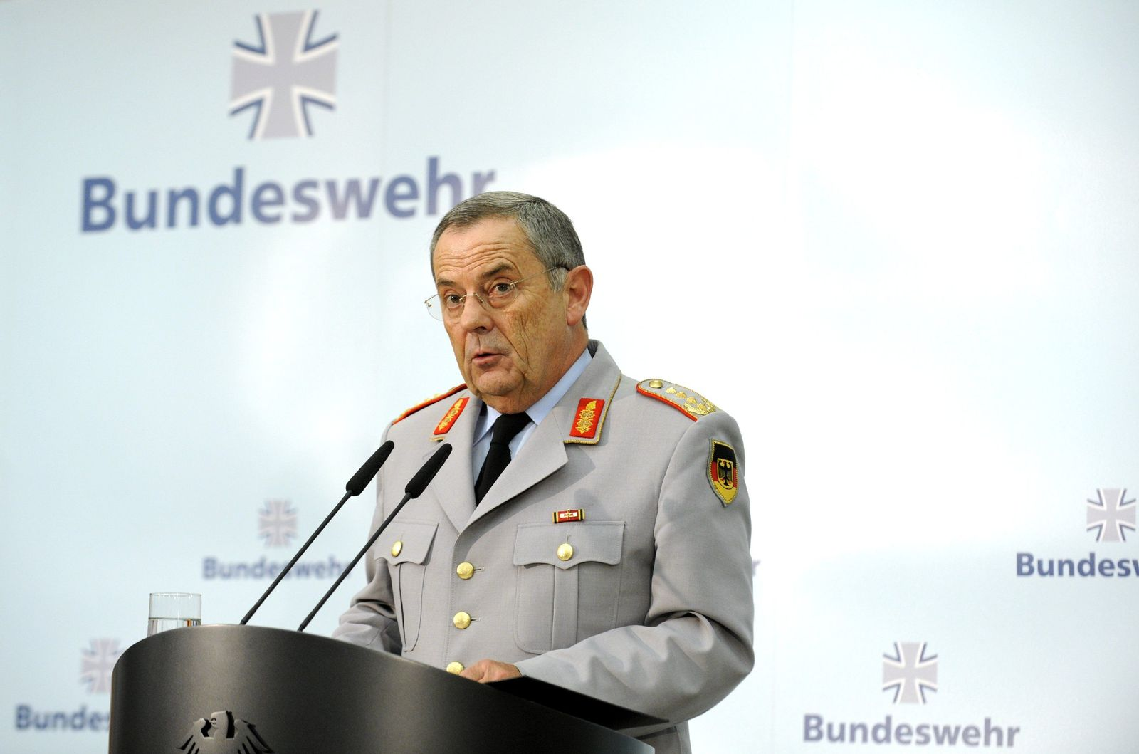 Bundeswehr-PK / Schneiderhan