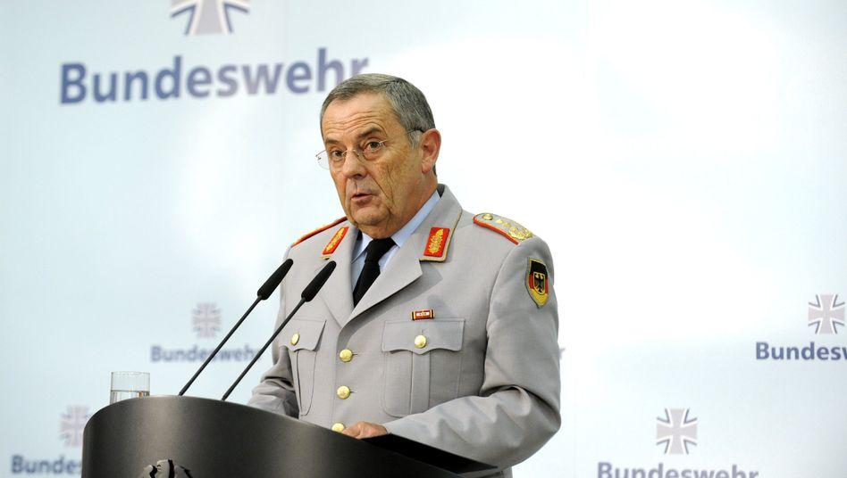 "Generalinspekteur Schneiderhan in Berlin: ""Militärisch angemessen"""