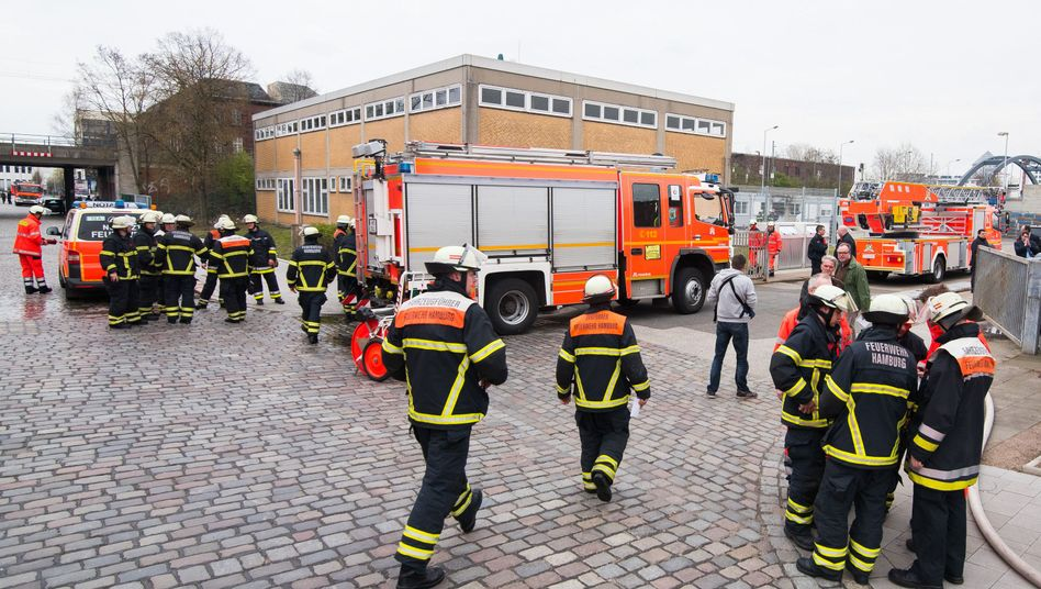 Feuerwehreinsatz in Hamburg (am Dienstag): Ermittlungen der Brandursache