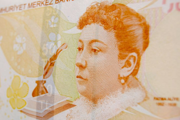 """Fatma Aliye auf einer Banknote: """"Sind wir keine Menschen?"""""""