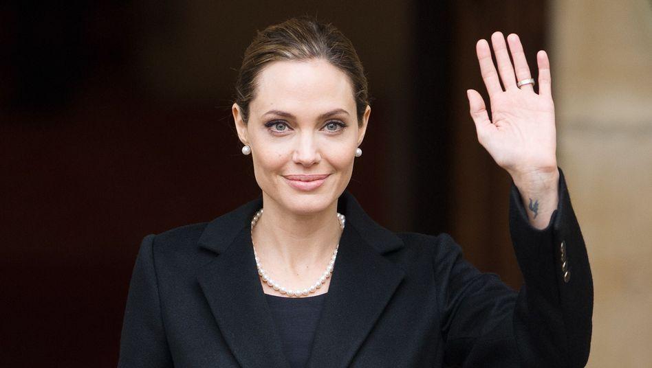 Angst vor Krebs: Angelina Jolie hat sich Brüste amputieren lassen