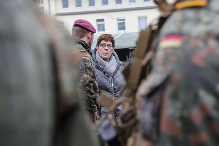 Verteidigungsministerin Annegret Kramp-Karrenbauer: Stets aktuelles Lagebild