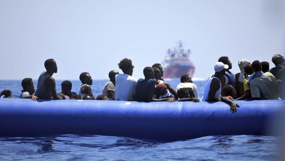 Flüchtlinge vor der libyschen Küste: Migration ist alles andere als linear oder berechenbar