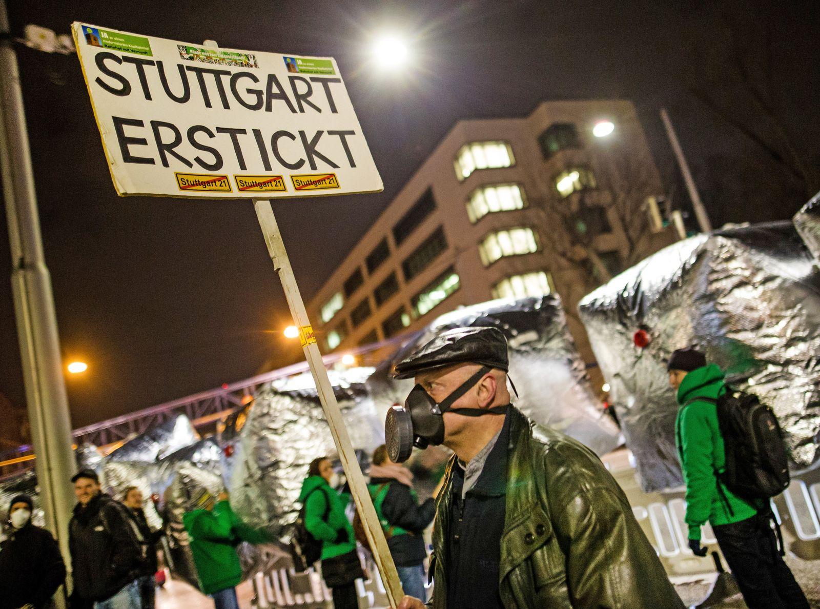 Demo gegen Feinstaub am Neckartor