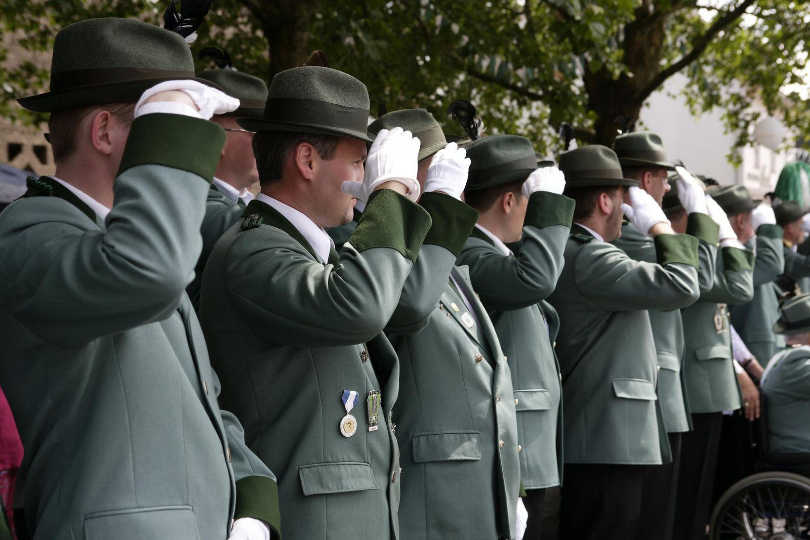 EINMALIGE VERWENDUNG Schützenverein/ Schützenumzug