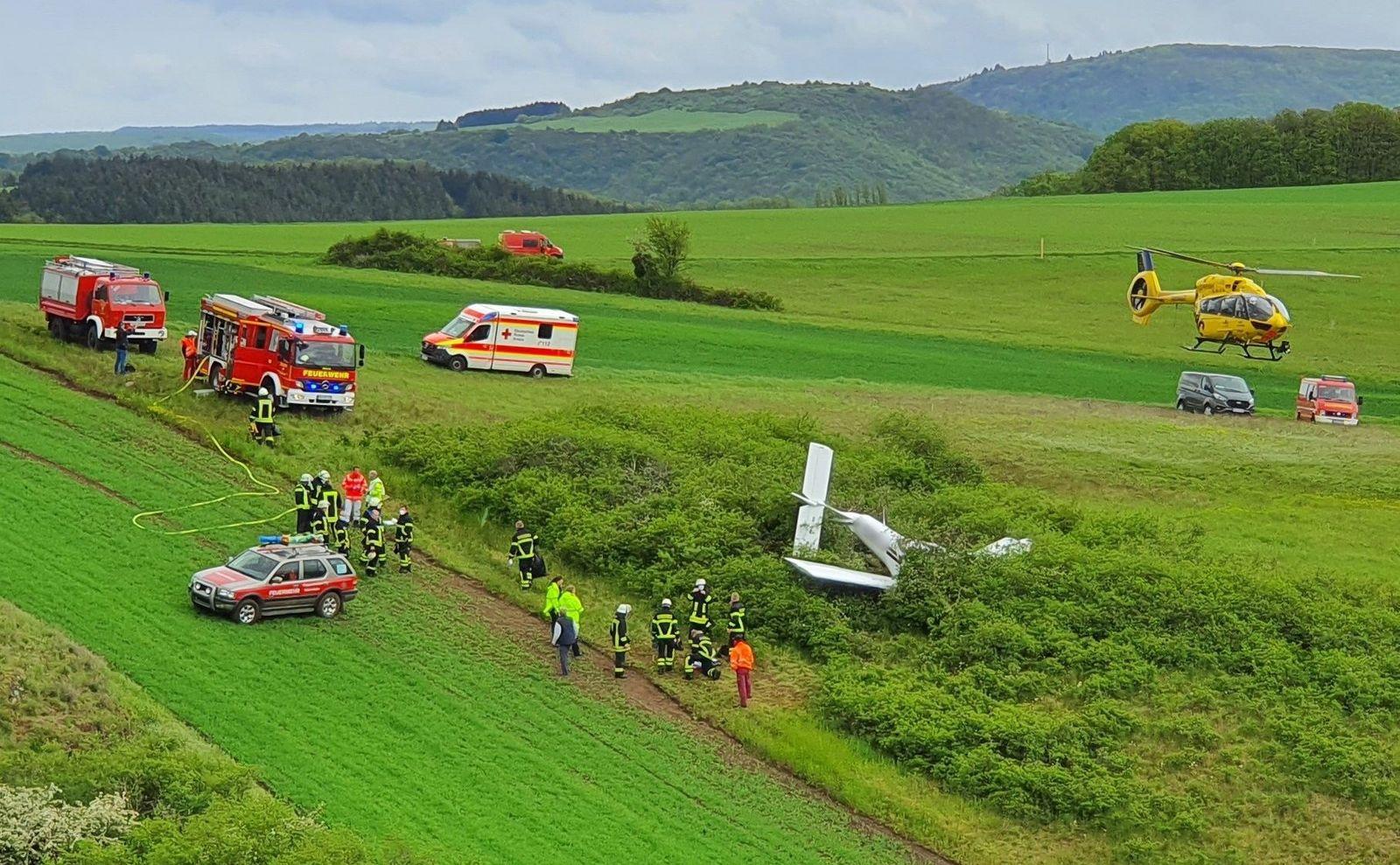 Kleinflugzeug kurz nachStart abgestürzt