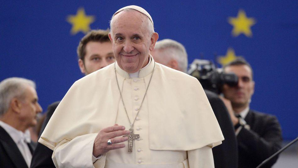 Papst Franziskus: Den Terrorismus stoppen