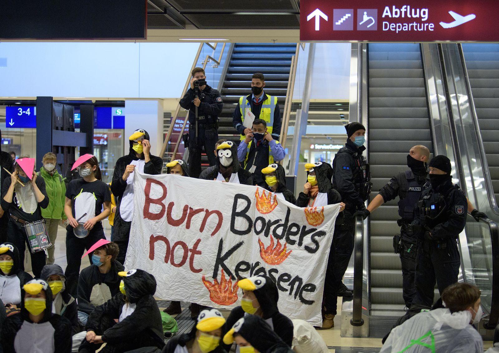 Eröffnung des Flughafens Berlin Brandenburg Willy Brandt (BER)