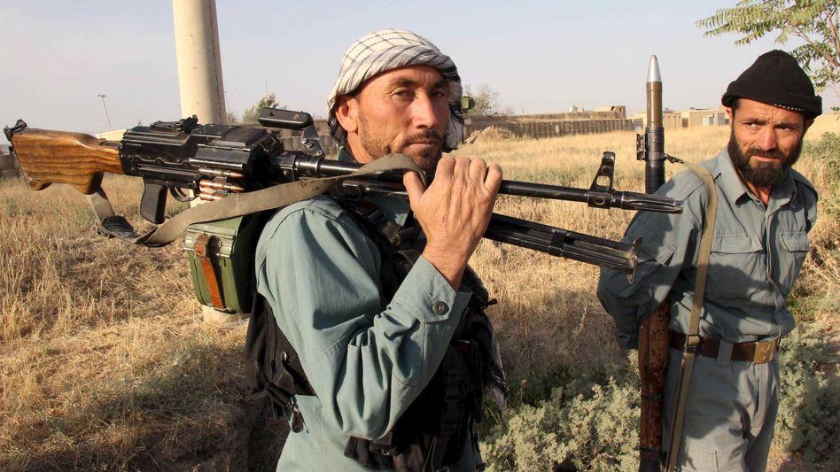 Afghanische Polizisten vor Kunduz: Afghanisches Militär startet Offensive