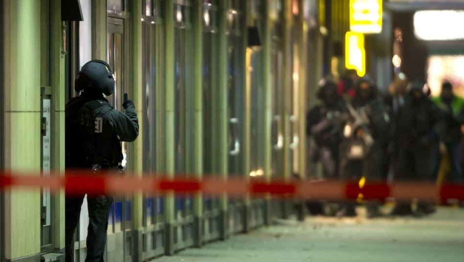 Polizeieinsatz bei Geiselnahme in Berlin: Täter muss lange in Haft