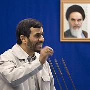 """Mahmud Ahmadinedschad: """"Die Hände an der Kehle der Zionisten"""""""