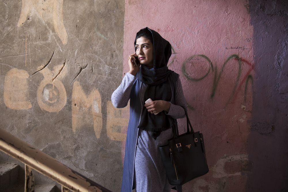 EINMALIGE VERWENDUNG SPIEGEL Plus SP 2017/29 S.88: Liberale Elite in Afghanistan