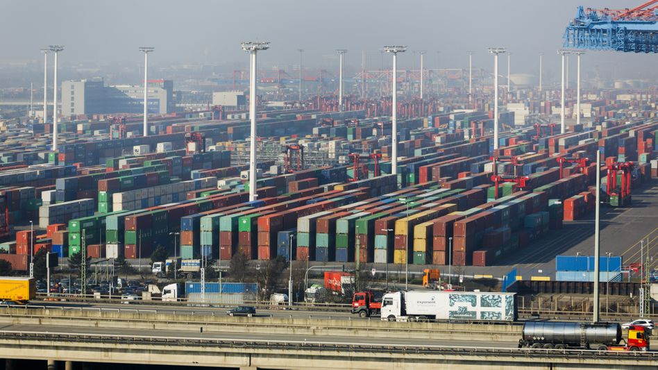 Containers in the port of Hamburg