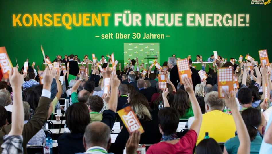 Greens delegates voted on Saturday to support Chancellor Angela Merkel's 2022 timetable for the nuclear phaseout.