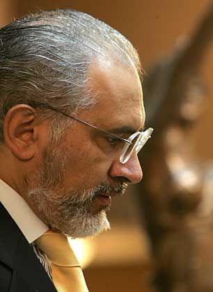 """Carlos Mesa: """"Ich kann so nicht weitermachen"""""""