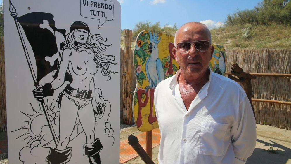 """Neofaschisten am Strand: """"Die Demokratie ekelt mich an"""""""